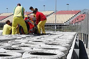 FOTOS: Lorenzo sofre outra queda em teste da MotoGP na Catalunha
