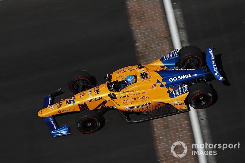 Alonso sugere participar de mais corridas na Indy além das 500 Milhas