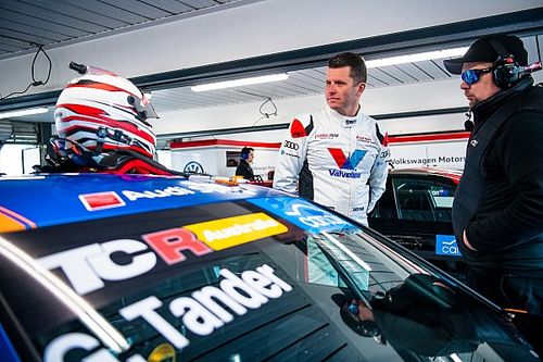 Tander explains wild high-speed Phillip Island off
