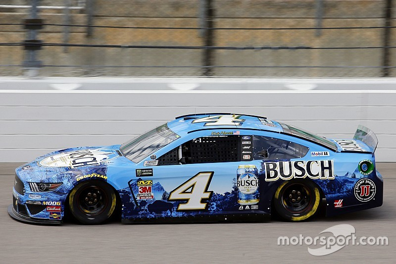 Kevin Harvick tops Elliott for Stage 1 win at Kansas