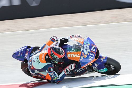 Assen Moto2: Fernandez survives chaos to take maiden win