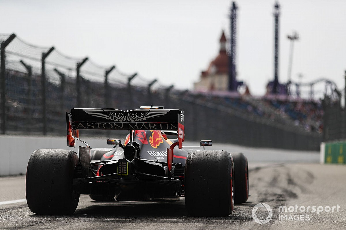 Ферстаппен удивлен скоростью Red Bull в Сочи