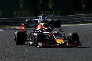 Így darálta be Hamilton Verstappent a Hungaroringen: videó