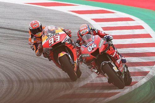 Dovizioso vence a Márquez en la última curva en Austria