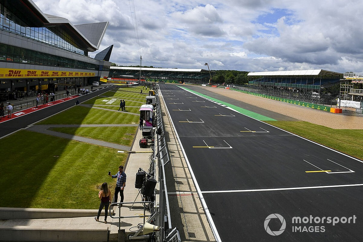 UK PM Boris Johnson tells ministers to help make British GP happen