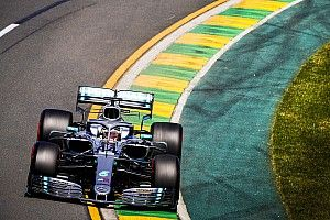 Australian GP: Hamilton leads Mercedes 1-2 in second practice
