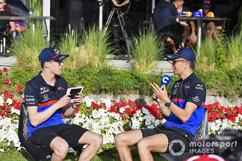 Формула 1 входит в рабочий ритм. Лучшие фото четверга в Бахрейне