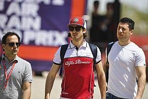 Fotogallery F1: piloti e team si preparano per il GP del Bahrain