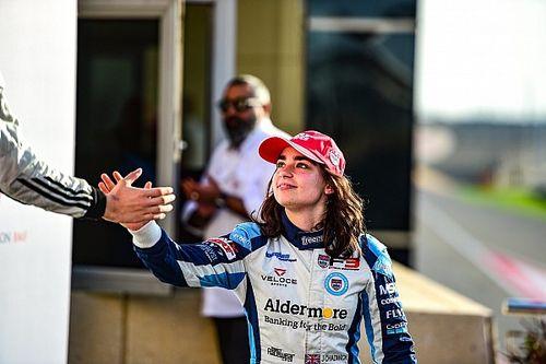Девушка впервые в истории выиграла чемпионат MRF Challenge