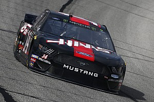 Clint Bowyer leads final Cup practice, Kyle Busch wrecks