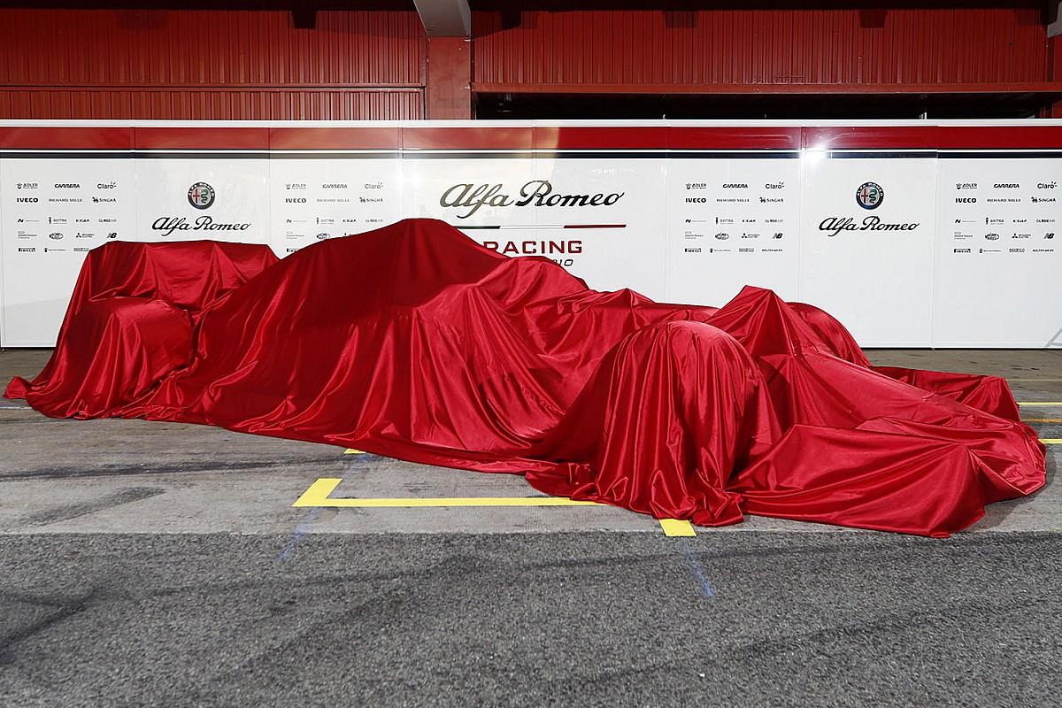 Räikkönen, Giovinazzi és Kubica már a jövő héten pályára gurulhat az új Alfa Romeóval