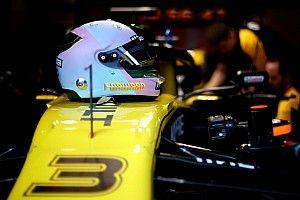 "Ricciardo promet un casque 2019 ""funky"" et ""artistique"""