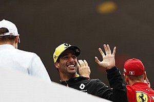 Ricciardo ezt most megint odatette: az ing mindent visz!