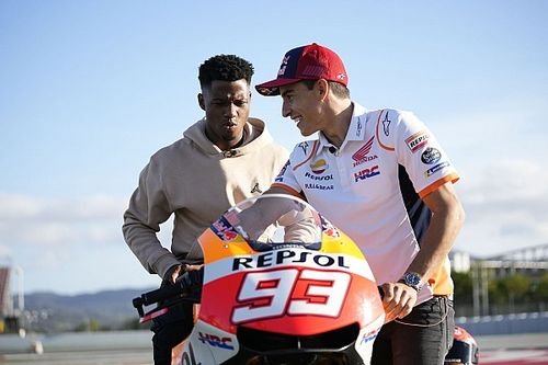 Marc Marquez Berikan Kejutan untuk Ansu Fati di Montmelo