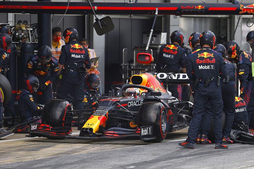 La parada de Verstappen que le complicó la vida en el GP de España