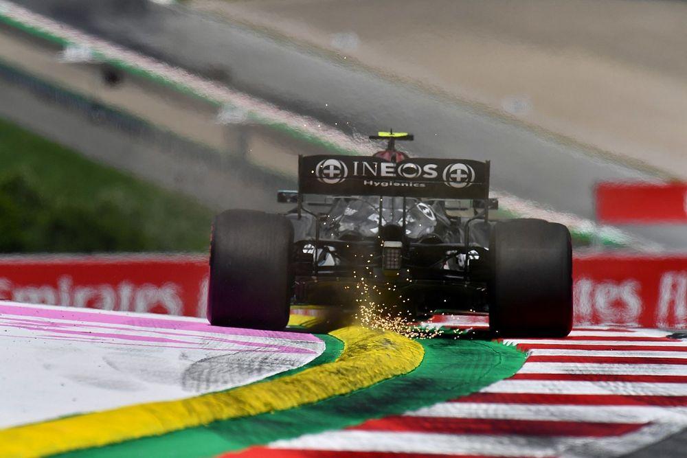 Mercedes, Bottas'ın pitteki spini nedeniyle hakemler tarafından görüşmeye çağırıldı