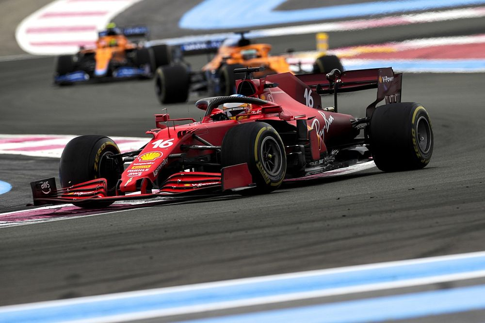 Norris: Ferrari zou gemakkelijk voor McLaren moeten staan