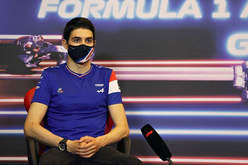 F1: Ocon renova com Alpine até o final de 2024