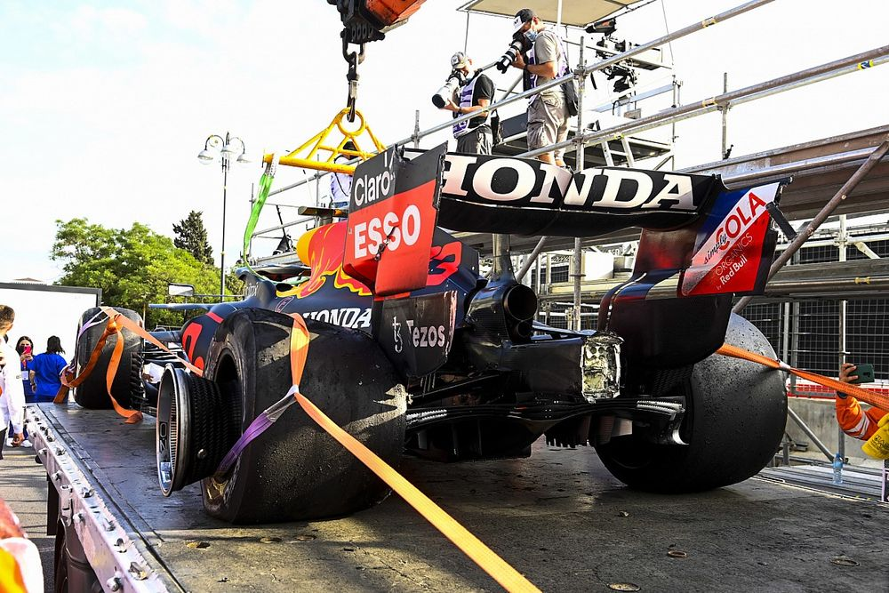 Have F1 drivers lost faith in Pirelli after Baku failures?