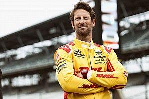 Romain Grosjean Antusias Pelajari Data Helio Castroneves