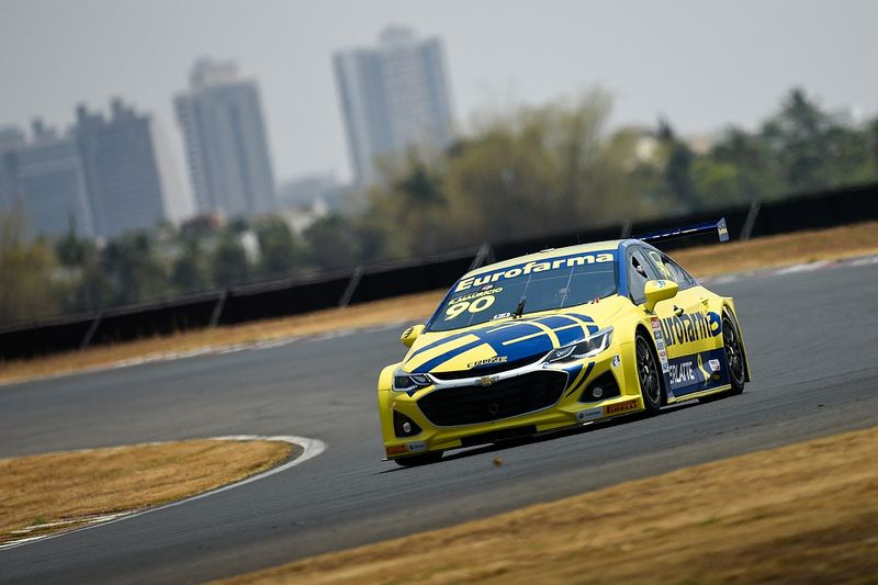 Stock Car: Ricardo Maurício vence terceira da temporada na segunda corrida de Goiânia