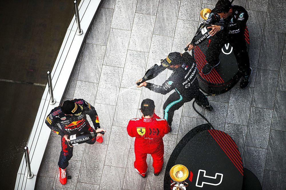 Las fotos más destacadas del vibrante GP de Rusia 2021 de F1