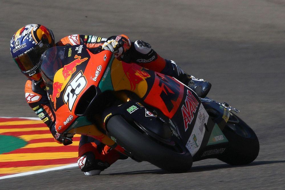 Aragon Moto2: Fernandez overcomes broken hand for assured victory