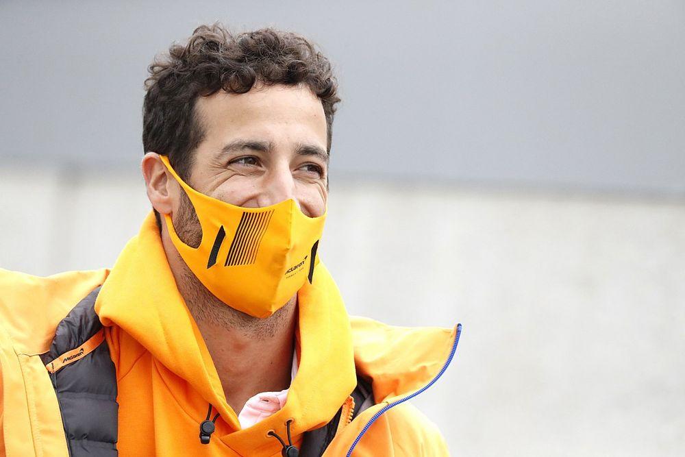 """Ricciardo: """"F1'de yeni bir pisti öğrenmeye çalışmak her zaman eğlencelidir"""""""