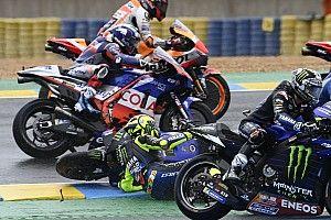 Fotos: la secuencia de la peligrosa caída de Rossi en Le Mans