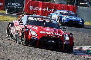 前代未聞の逆転劇! 15番手スタートの23号車MOTUL GT-Rが今季2勝目
