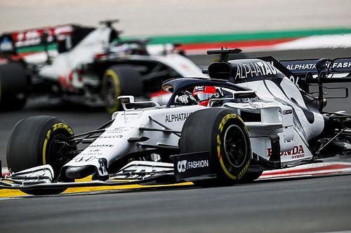 """Harnais """"détaché"""" de Kvyat : la FIA ne prend aucune mesure"""