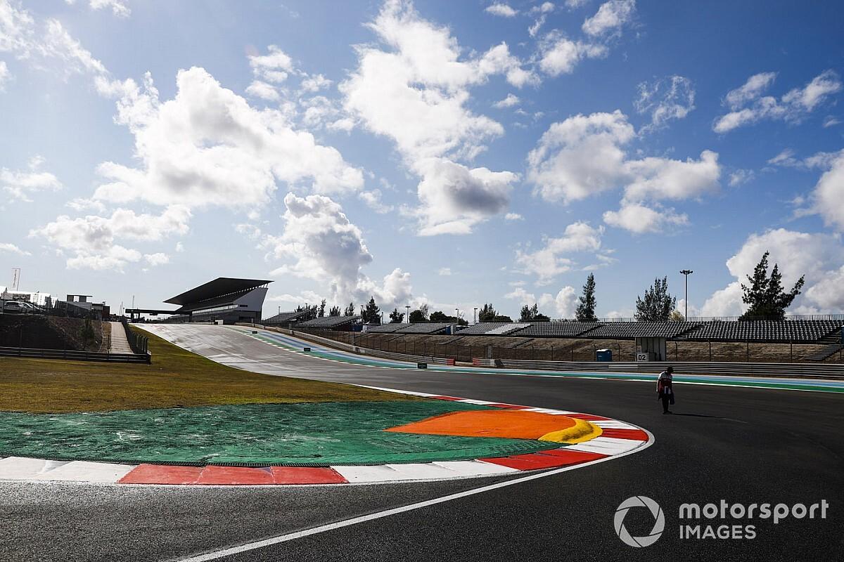 F1, Portimao: l'uscita dalla pit lane crea malumori