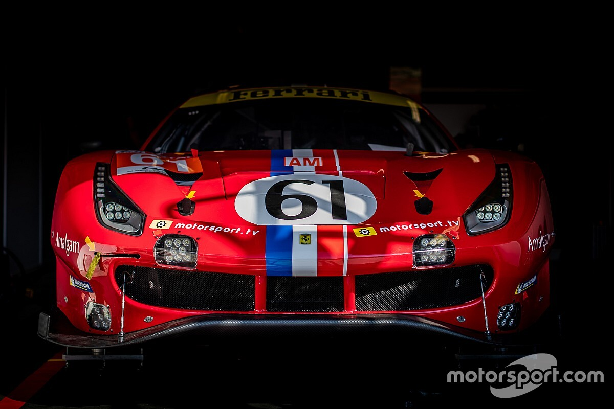 GALERIA: Confira as primeiras fotos do paddock e dos carros que disputarão as 24 Horas de Le Mans