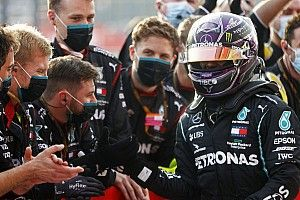 هاميلتون: لا شيء يضمن أنّني سأتسابق في الفورمولا واحد في العام المقبل