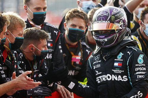 Hamilton bekroont 7de constructeurstitel Mercedes: 'Heel intens'