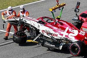 "Giovinazzi: ""Magnussen ha frenato e la strada era sbarrata!"""