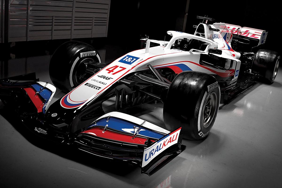 Photo of Gene Haas  - car