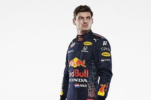 Red Bull yeni sezonda kullanılacak yarış tulumlarını tanıttı