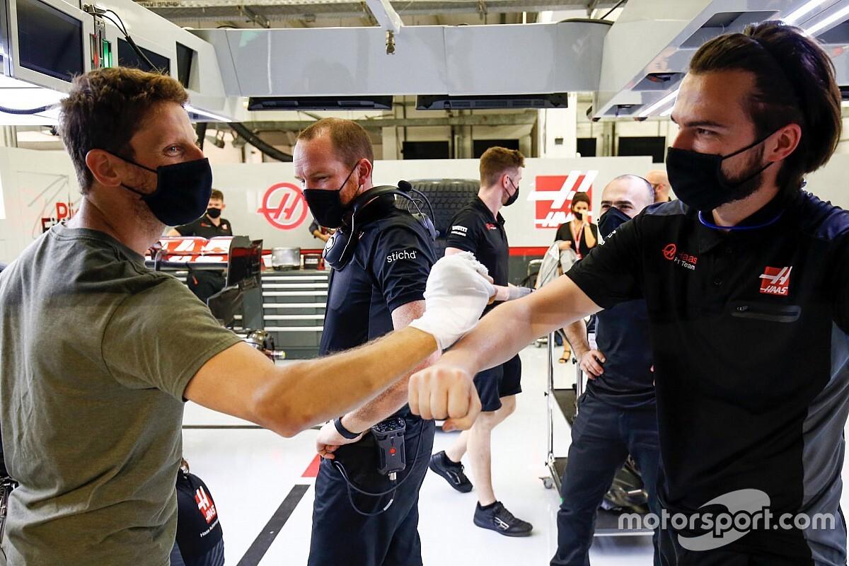 Grosjean acepta la invitación de Mercedes para hacer un test de despedida de la F1