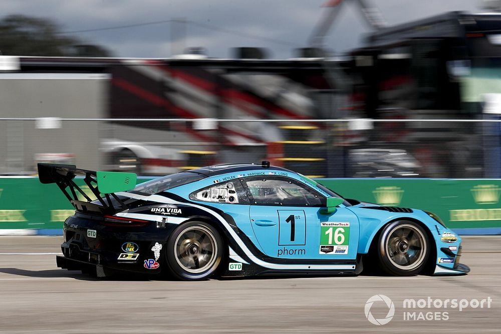 Heylen raises Wright Motorsports' hopes of IMSA GTD title