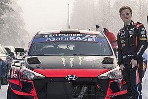 Oliver Solberg Berharap Turun Penuh di WRC 2022