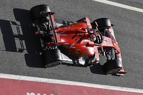 Vettel lidera en el penúltimo día y Mercedes sufre problema