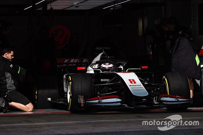 Kezdődnek a téli F1-es tesztek: ők tesztelnek ma