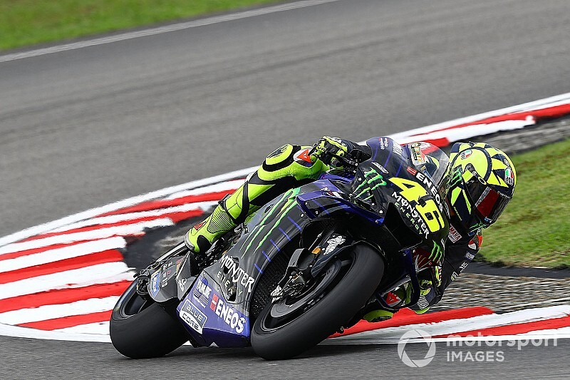 """Rossi faz a volta mais rápida da corrida e diz: """"Pódio seria grande recompensa"""""""