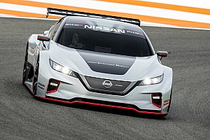 Valenciában mutatta be a Leaf versenyautó változatát a Nissan