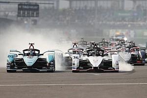 Mexico City E-Prix: Çılgın yarışı Jaguar pilotu Evans kazandı
