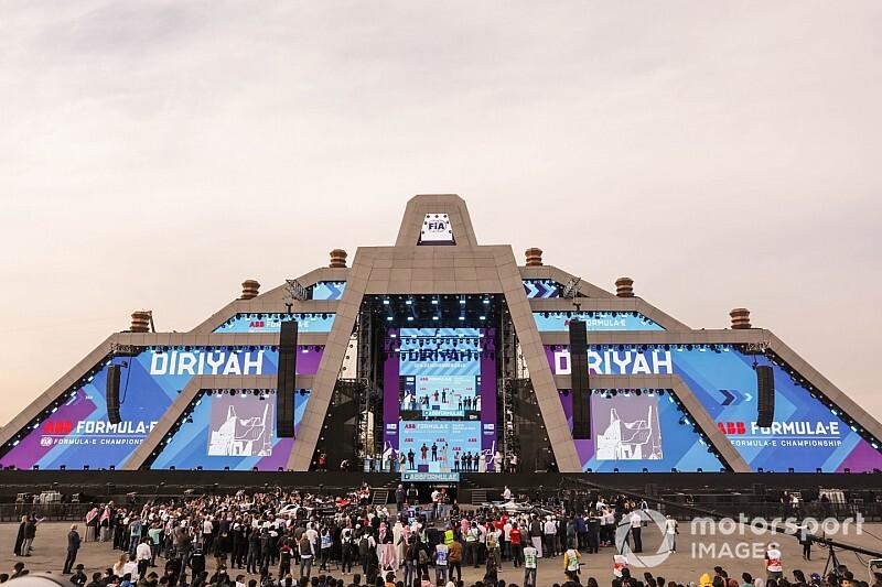 GALERÍA: las mejores imágenes de la carrera 1 en Diriyah
