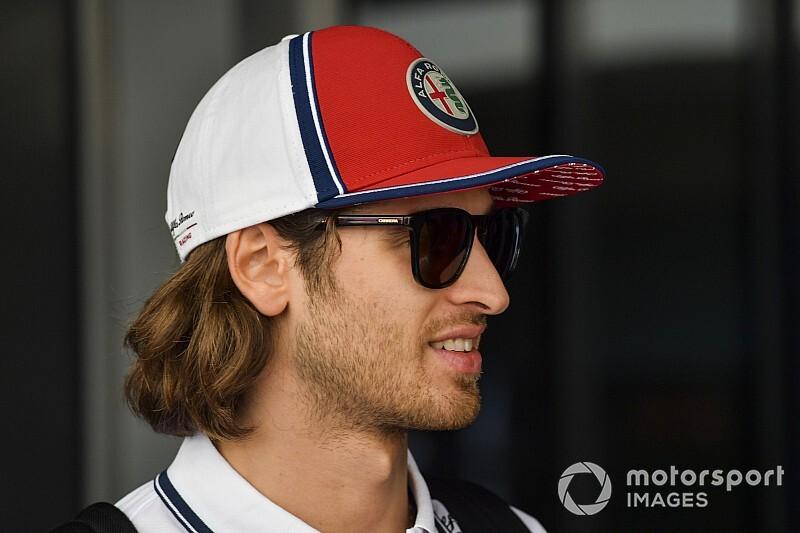 Giovinazzi ma szanse na fotel Ferrari