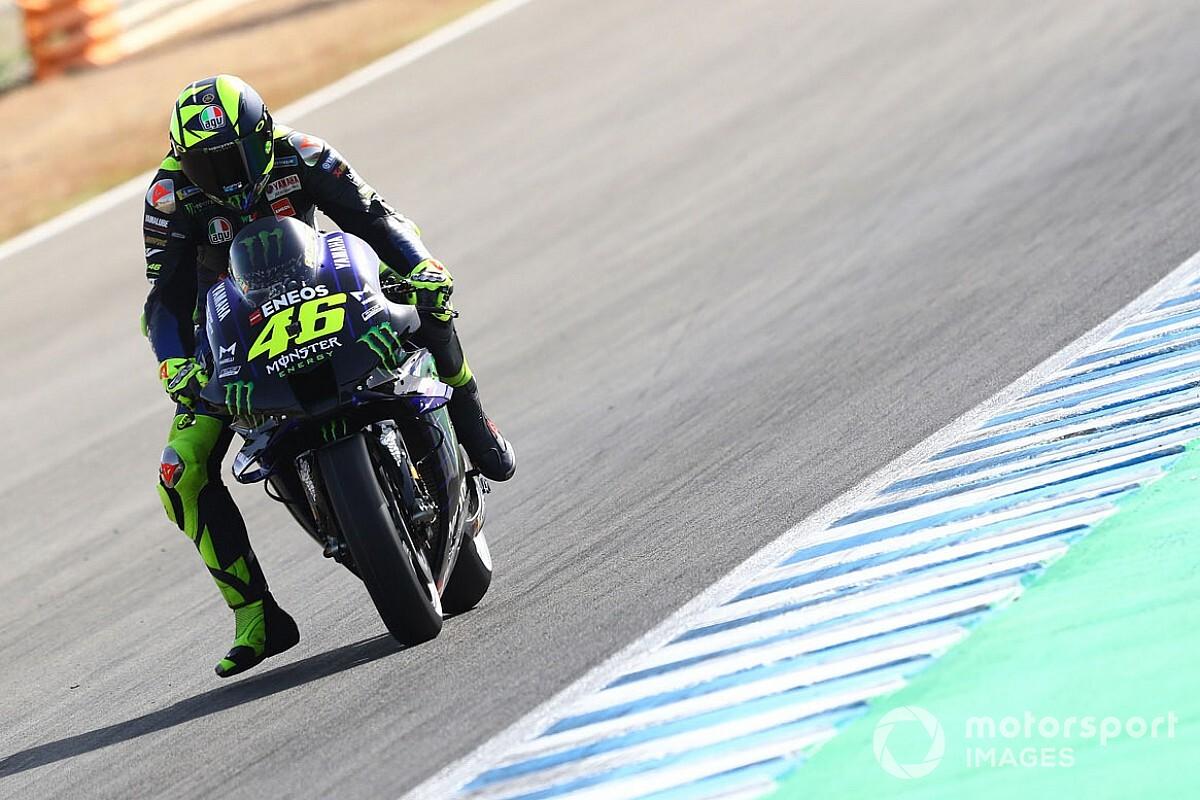 """Rossi: """"Mi sporgo poco dalla moto? Non sono d'accordo"""""""
