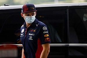 """Verstappen: """"Mercedes tüm pistlerde kazanabilecek kadar baskın"""""""